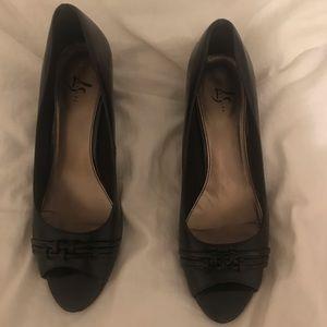 Open-toed Black Heels